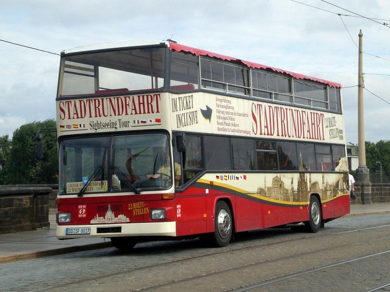 037 Busverklebung Stadtrundfahrt Dresden Rakelspektakel